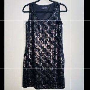 VINCE CAMUTO**Black Sequined Gorgeous Dress